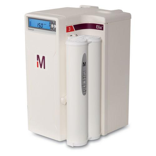 Sistema Elix Essential 3, 5, 10 e 15 (UV) Produção de Água Tipo II